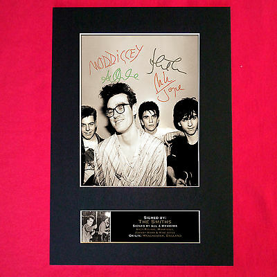 THE SMITHS Mounted Signed Photo Reproduction Autograph Print A4 115