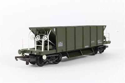 Lima OO L305665 Seacow Bogie Ballast Wagon in Olive Livery