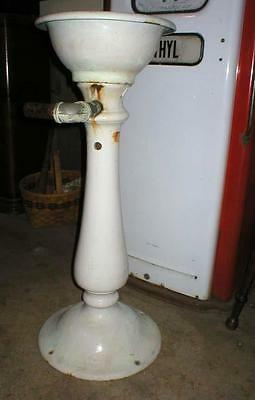 Antique Porcelain Cast Iron Water Bubbler Drinking Fountain Park Square Garden