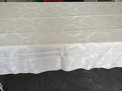 Gorgeous Damask Ivory White Banquet Tablecloth OVAL 55x98 Floral Design