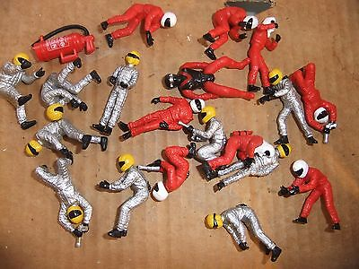 SCALEXTRIC pit crew & drivers 20 pieces