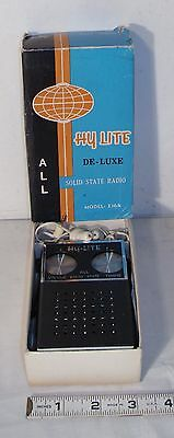 HYLITE MODEL E-164 TRANSISTOR RADIO IN BLACK BOXED 1960s