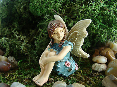 Miniature Barefoot Fairy in Blue