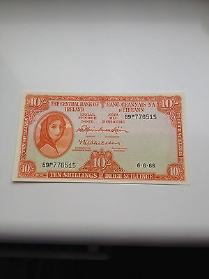 Uncirculated 1968 Ireland 10 Shilling Lady Lavery Banknote