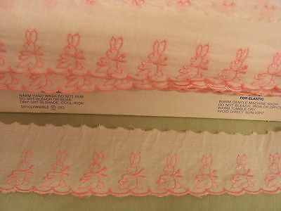 Broderie Anglaise Flat White/Pink Rabbits 5 mts
