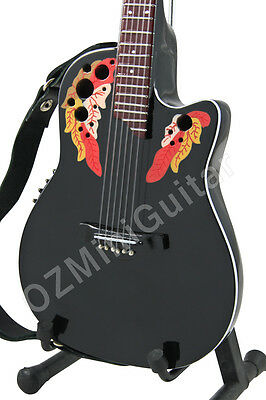 Miniature Guitar Melissa Etheridge Ovation black & Strap