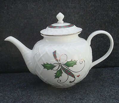 Lenox Holiday Nouveau Platinum White Carved Teapot New In The Box