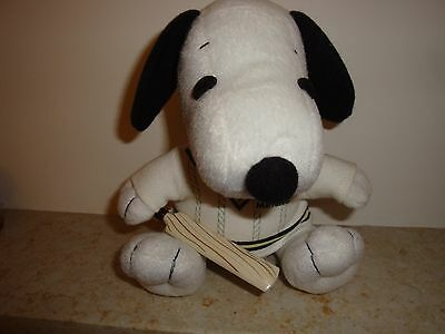 Snoopy Cricket soft toy  Metlife  Ex. clean cond. 7 inch high x 5.5 inch width