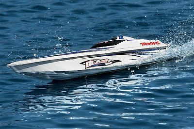 Traxxas 38104-1 Blast Electric Racing Boat w/ Battery / Charger / TQ Radio - RTR