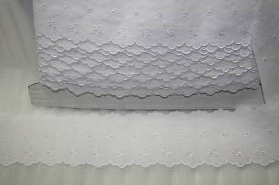 Broderie Anglaise Flat Lace  White x 10 mts   (7669)