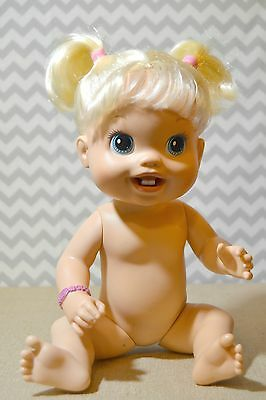 Baby Alive Doll 2010 BRUNET First Two New Teeth Drinks ...  |Baby Alive New Teeth