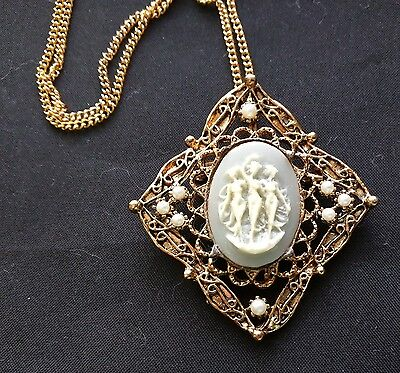 Vintage Three Grace sisters Cameo Pin Necklace Pendant Beautiful Great Quality