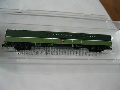Micro-Trains Stock # 55400120 Northern Pacific 83' Passenger Baggage Car Z-Scale