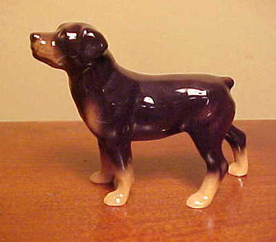 Hagen-Renaker Mini #3138 ROTTWEILER - Miniature Ceramic Dog Figurine