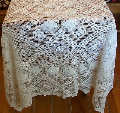 Vintage White Cotton Tuscan Lace Tablecloth