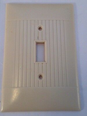 Vintage Ivory Sierra Art Deco Switch Wall Plate Cover Ribbed Bakelite DO-1 (B1)
