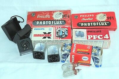 Various Vintage Flash Bulbs/cubes And Cube Holder