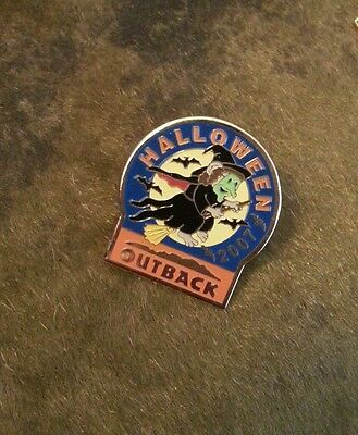 Outback Steakhouse Halloween 2007 witch broom bats Pin Pinback rare