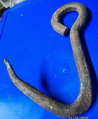 Great Looking Iron Hook ! Hand Forged, Tons Of Patina !