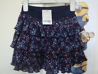 ditsy skirt (Next) for a girl age 5 BNWT (RRP £12)