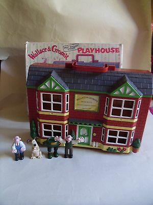 wallace and gromit playhouse with box boxed 4 x figures 62 west wallaby street