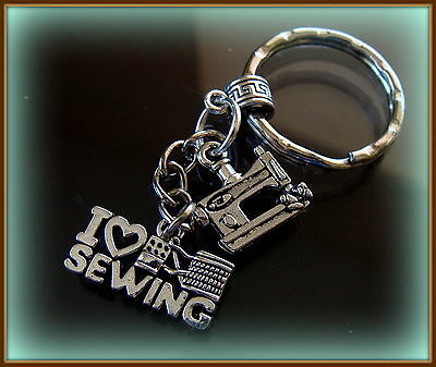 I LOVE SEWING - Sewing Machine KEYCHAIN - Antique Retro style QUILTING Treadle