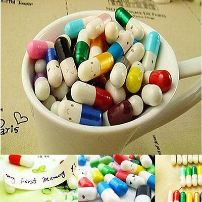 50×Cartoon Message in a Bottle Message Capsule Letter Cute Love Half Color Pills