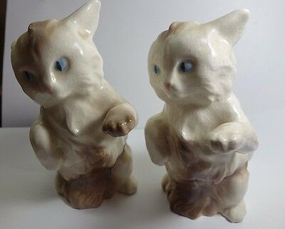 Lot  2  Cat Figurines Walter Williams Signed Cats or Kittens