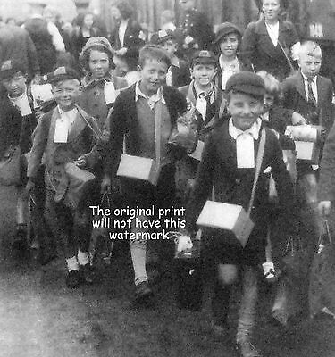 Kent Ancestry Snodland Children Being Evacuated 1939 During World War 11 Print