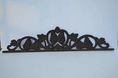 Antique Heavy Duty Cast Iron Grape Grapevine Leaves Architectural Salvage Finial