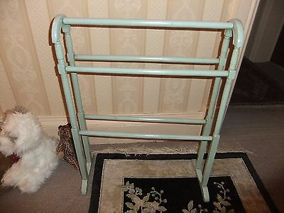 "Pine Towel Rail VICTORIAN 24x32"" painted"