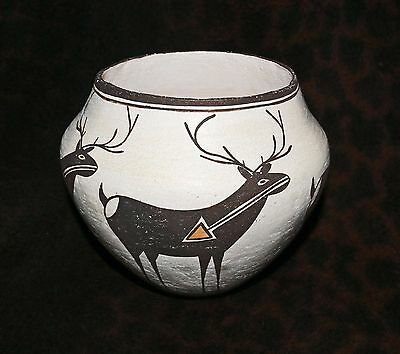 Outstanding Acoma Pueblo Polychrome Heartline Deer Bowl Attributed to Lucy Lewis