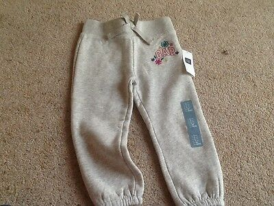 Gorgeous girls 2 years GAP tracksuit bottoms grey NWT