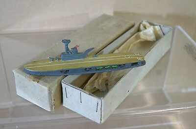 TREMO TM HMS HERMES 1:1200 WWII AIRCRAFT CARRIER MODEL SHIP MINT BOXED RARE mr
