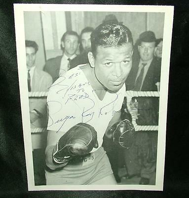 Genuine Signed Autographed Picture Sugar Ray Robinson Boxer Boxing - Lot 85