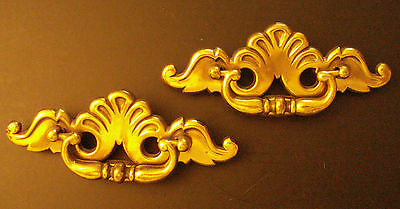 2 Antique Reproduction Period Brass ONT.B Drawer Pulls with Handles B846 Shells