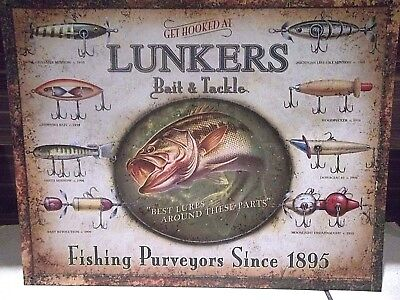 LUNKERS LURES, BAIT & TACKLE,VINTAGE-STYLE METAL WALL SIGN, 40X30cm, USA-IMPORT