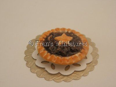 Dolls house food: Christmas mince tart  -By Fran