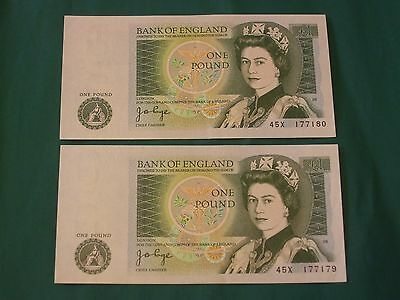 2 uncirculated British old one pound £1 notes consecutive numbers 45X
