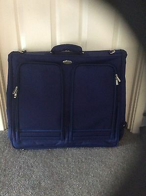 BNWOT Pullman Deluxe Luggage Travel, Business or Weekend Garment Carrier (Blue)
