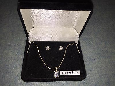 925 Sterling Silver Pendant& Earring Set Boxed  Bnwot Mothers Day Gift