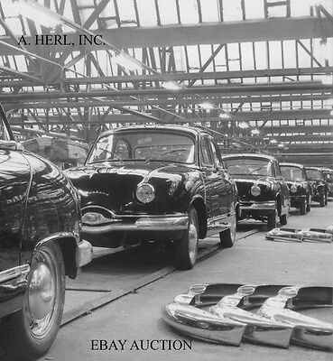 Panhard Dyna Z – 1959 final assembly in factory – photo photograph