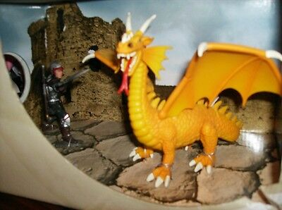 Schleich Knight With Yellow Dragon~Item # 72050 World Of History Plastic Models