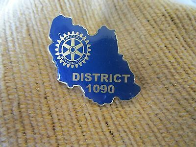Badge Rotary International District 1090  Stunning #1