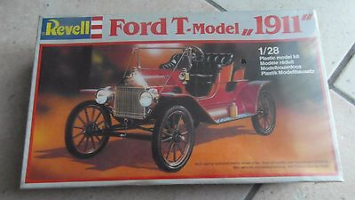 MAQUETTE REVELL  FORD T model 1911