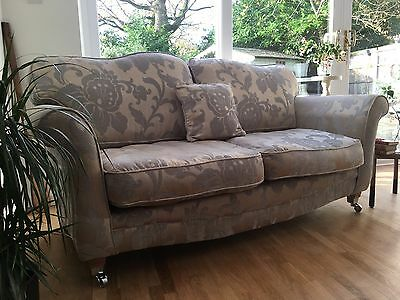 Lovely Elegant 3 seater sofa settee on Castors Delivery Available~
