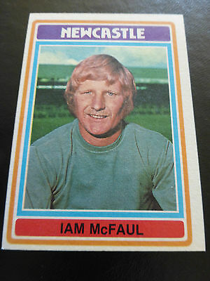 Topps Footballers # 113 Card 1976 Blue Back Excellent Plus Condition