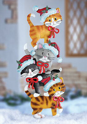"""""""Purr-fect""""  Stack of Kitty Cats Metal Christmas Outdoor Yard Decor"""