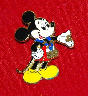 pin DISNEY - MICKEY MOUSE TRADING PINS W/BLUE LANYARD - from starter set