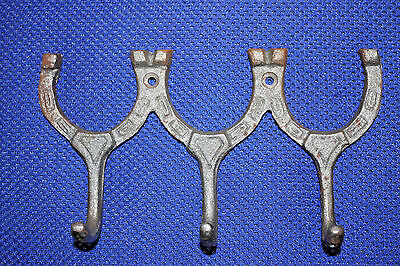 (2), WESTERN WALL HOOK,HORSE SHOES,ranch decor,horses,equestrian,RAW METAL,W-31